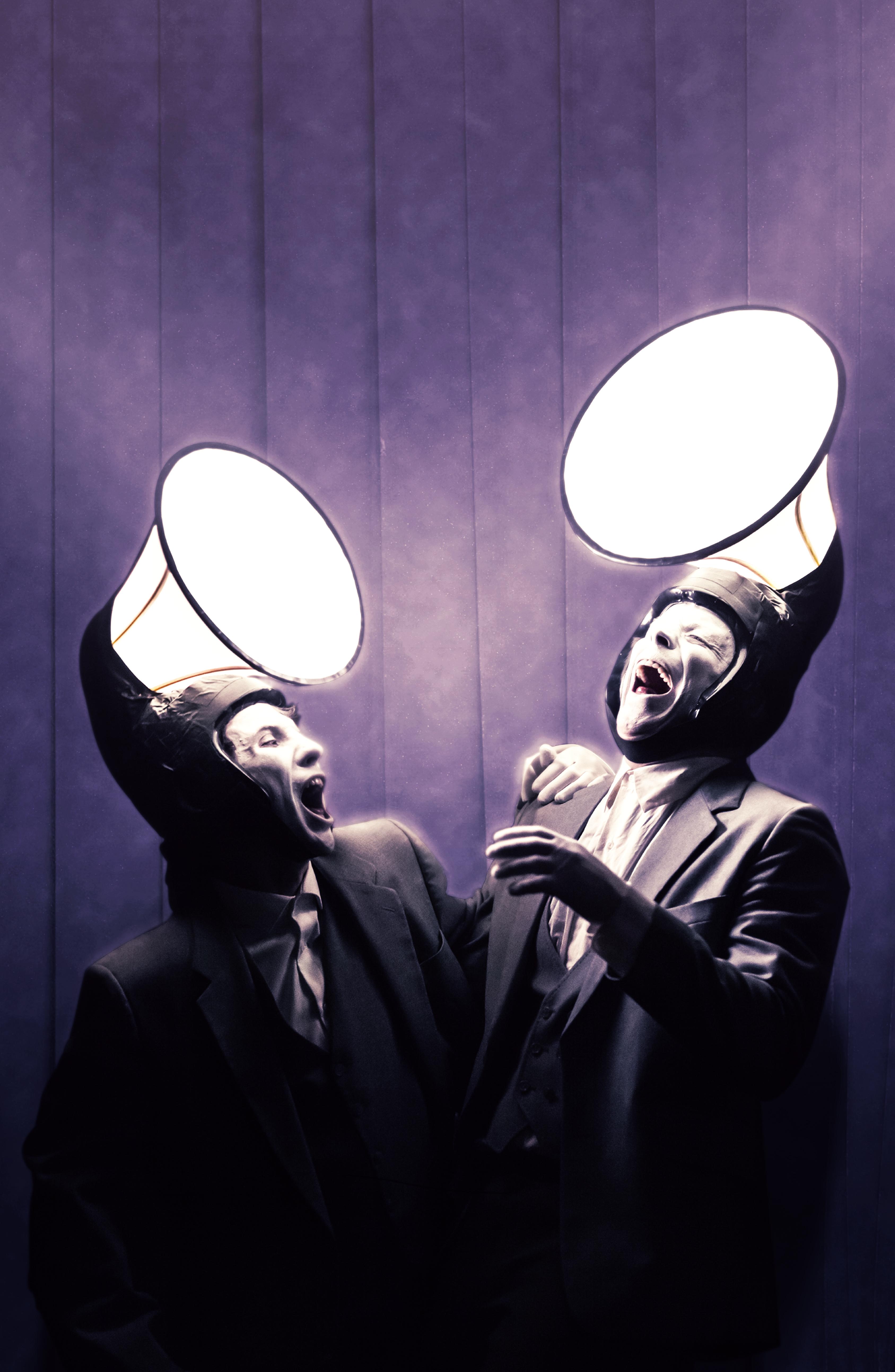 James & Jamesy in the Dark – photo 9